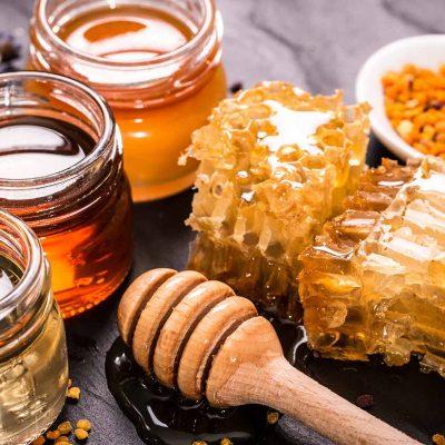 9 Surprising Benefits of Organic Honey