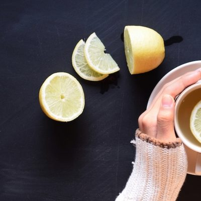 7 Incredible Health Benefits Of Lemon Water That Will Keep You Away From the Hospital