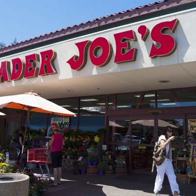 TRADER JOE'S and OTHERS Will Pay Employees To Get Vaccinated